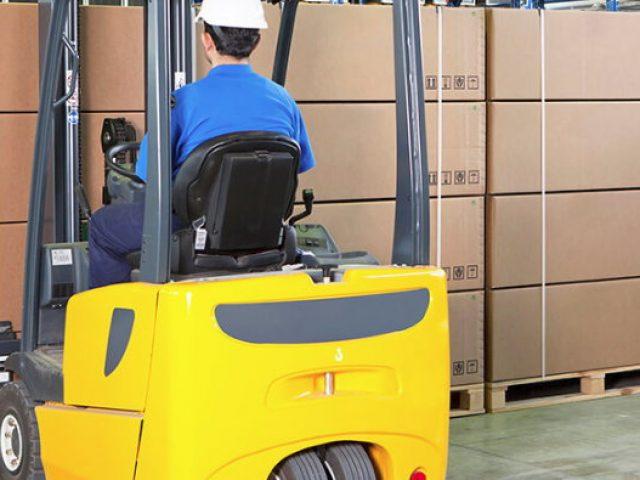 Governo isenta taxa de importação sobre 281 bens de capital e informática