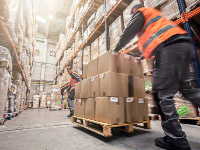 Quais as vantagens da paletização de cargas?
